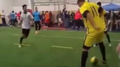 El lujoso caño de Ronaldo y su gambeta