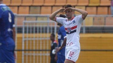 Los dos goles de Jonathan Calleri para el San Pablo de Bauza ante Agua Santa