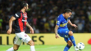 Supercopa Argentina: Carlos Tevez tuvo en sus pies el gol