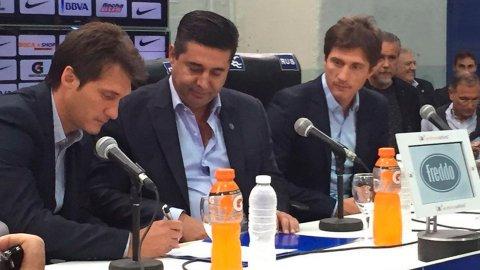 Guillermo Barros Schelotto le agradeció al Vasco Arruabarrena