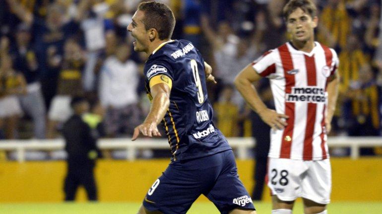El golazo de Marco Ruben para Rosario Central 4-1 River (Uruguay)