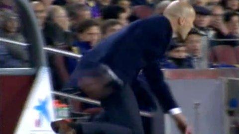 Cristiano Ronaldo se erró un gol y Zidane hizo una extraña pirueta