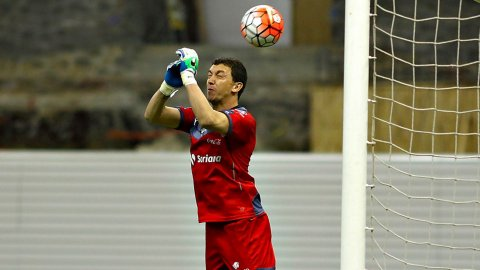 Agustín Marchesín tuvo una fatídica actuación: se comió un gol ante América y Santos Laguna quedó eliminado de la Concachampions 2016
