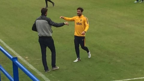 Juan Martín Del Potro y Daniel Osvaldo estuvieron hablando en el entrenamiento de Boca