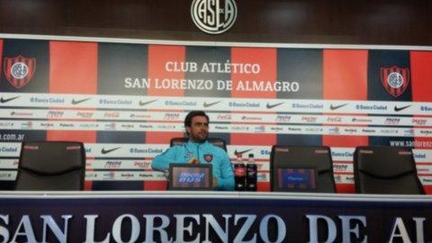 Pablo Guede copió el discurso del Bambino Veira para arengar a la hinchada de San Lorenzo