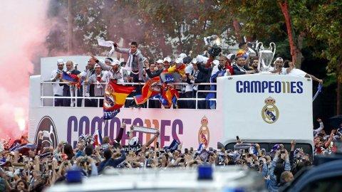 Festejos del Real Madrid en la Cibeles por la undécima Champions League